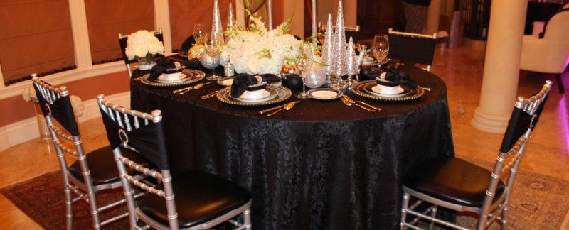 Versailles jacquard damask tablecloth